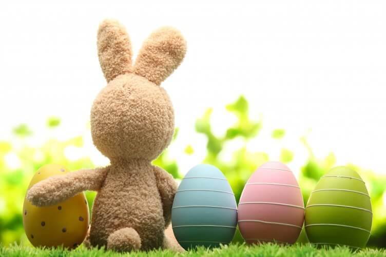 Riddle Me -Easter Scavenger Hunt Party Activity